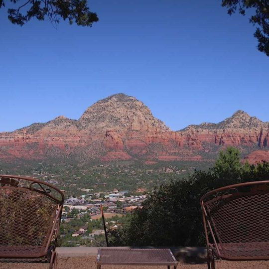 https://sedonaskyweddings.com/wp-content/uploads/2018/04/Sky-Ranch-Lodge-Best-Places-to-Stay-in-Sedona-540x540.jpg