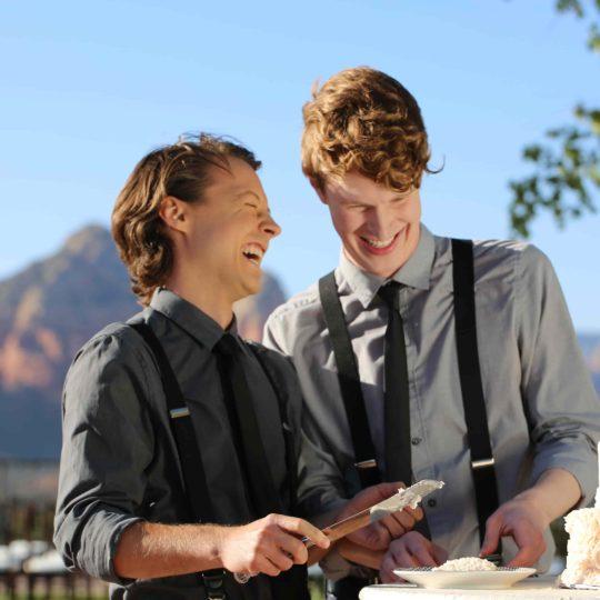 https://sedonaskyweddings.com/wp-content/uploads/2018/07/Sky-Ranch-Lodge-Hotel-Wedding-Love-540x540.jpg