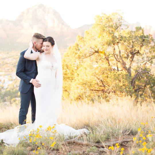https://sedonaskyweddings.com/wp-content/uploads/2019/02/Angie-Ryan-Wedding-1255-540x540.jpg